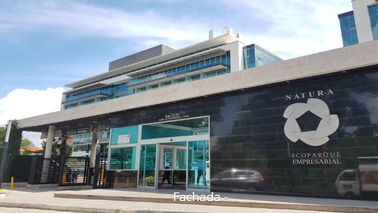 OFICINA EN EL ECOPARQUE NATURA FLORIDABLANCA EN ARRIENDO